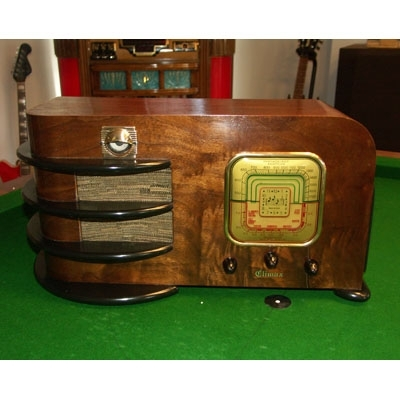 1930's Climax Emerald Wood Radio